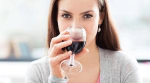 Алкоголь как средство от неуверенности